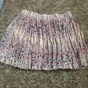 Skirts - Flowy skirt